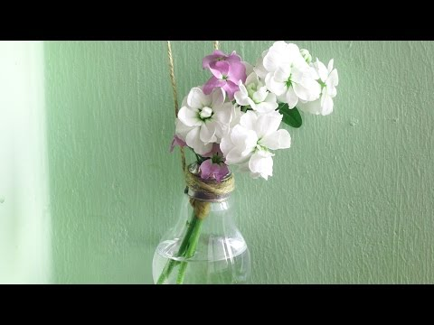Home Decor DIY – Light Bulb Vase