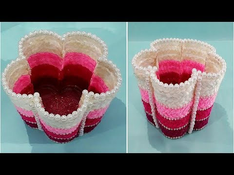 DIY Easy and Beautiful Wool Flower Vase/Flower Shaped Vase/Home Decor Idea