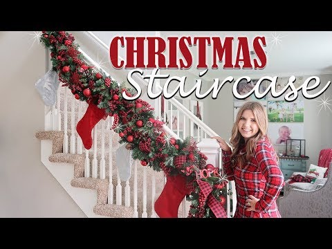 HOW TO DECORATE STAIRCASE GARLAND FOR CHRISTMAS – HOLIDAY DECORATING IDEAS🎁