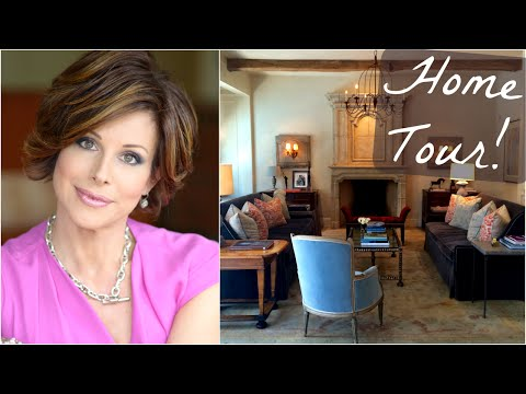 Home Tour & DIY Decorating Tips